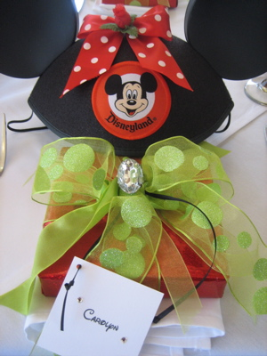 disney-themed-table-arrangement.jpg