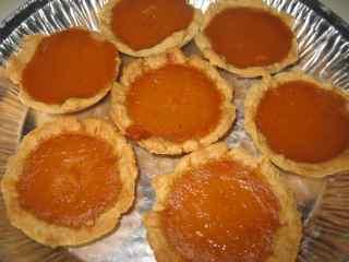 pumpkin_pies.jpg